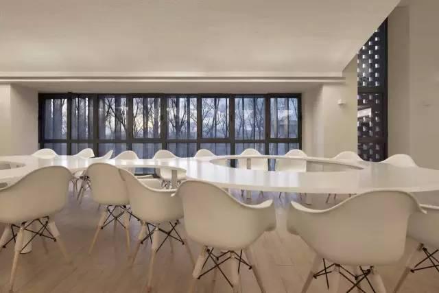 84ba44b22cd1a744a646593a706aca6c - 声学   清华大学教师餐厅 / 素朴建筑工作室的声学设计
