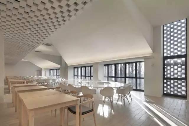 9b208f9c7132e15334628774b579333d - 声学   清华大学教师餐厅 / 素朴建筑工作室的声学设计